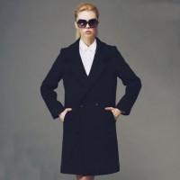 siyah klasik kadın kaşe kaban tarz beyaz gömlek siyah gözlük