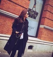 siyah mont kaban sokak modası trend kadın