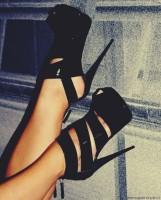 siyah süet bantlı gece ayakkabısı topuklu ayakkabı