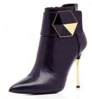 siyah tokalı deri topuklu kısa bot modeli