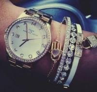 taşlı bileklik marc by marc jacobs kol saati kadın
