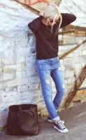 tarz jean kadın boyfriend kot siyah kazak moda