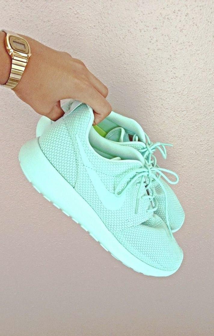 turkuaz mavi kadın spor ayakkabı nike