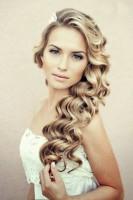 uzun dalgalı açık gelin saçı