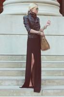 uzun siyah yırtmaçlı etek kadın siyah deri ceket çanta
