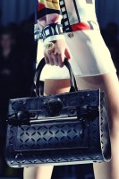 versace büyük kol çantası versace
