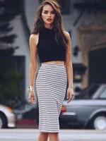 yaz siyah kadın top crop kısa göbegi açık badi çizgili siyah beyaz kalem etek modası
